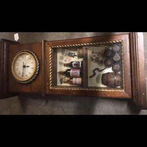 EC Wine Lovers Wooden Clock